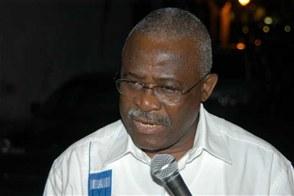 Funcionario. Kanayo F. Nwanze, presidente del FIDA.